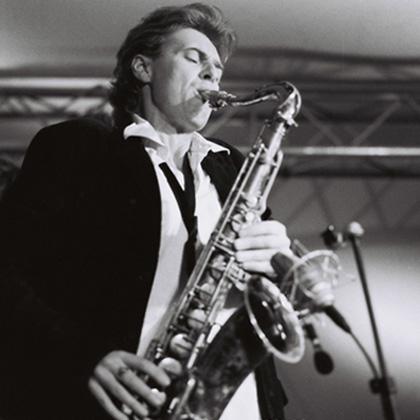 Jazzy nights saxofonist.jpg