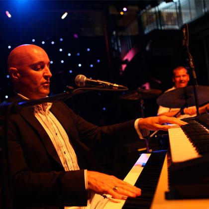 Glitters & bubbles piano en drum.jpg