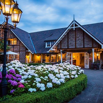 Landhotel de Bloemenbeek voorkant.jpg